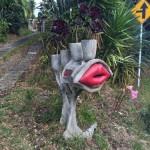 Lip mailbox